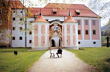 Samostan v Kostanjevici na Krki