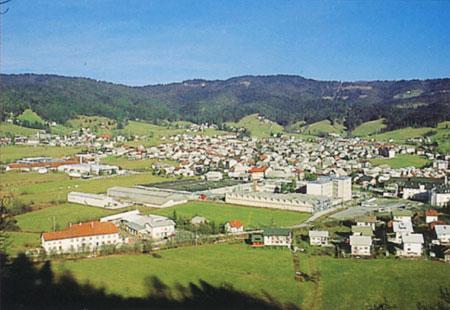 mesta ziri panorama Žiri