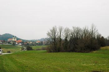 Kraško polje pri Malih Laščah