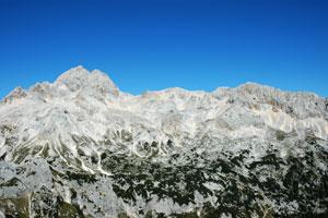 Pogled na Triglav (2864 m) z Velikega Draškega vrha (2243 m)