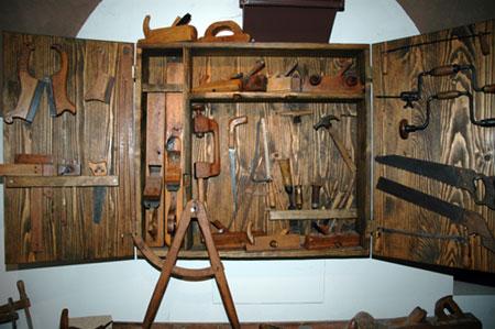 Mizarsko orodje v Muzeju Vrbovec