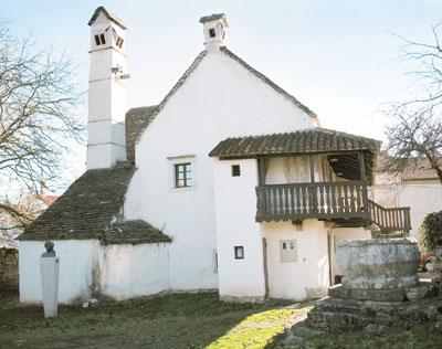 Škrateljnova hiša v Divači