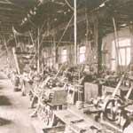 Puhova tovarna leta 1905