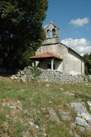 Podeželska cerkvica sv. Helene na Gradišču pri Divači
