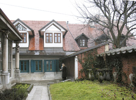 Dokupljena hiša