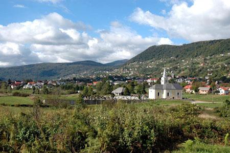 Sela pri Semiču s cerkvijo sv. Duha