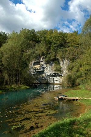 Kraški izvir reke Krupe