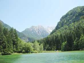 """blogi 154 jezersko plansarsko jezero """"Pivce za živce?"""" Ne ne, raje...Jezersko za živce... :)"""