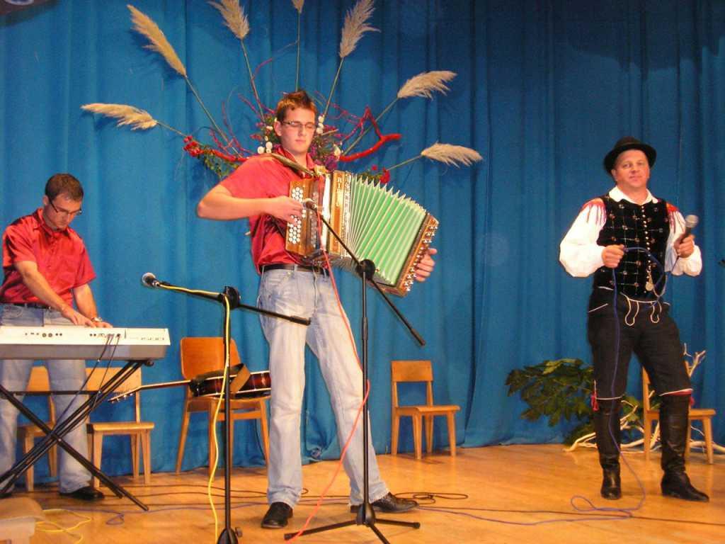blogi 286 cemseniska skupina Predstavitev glasbenikov v Čemšeniku