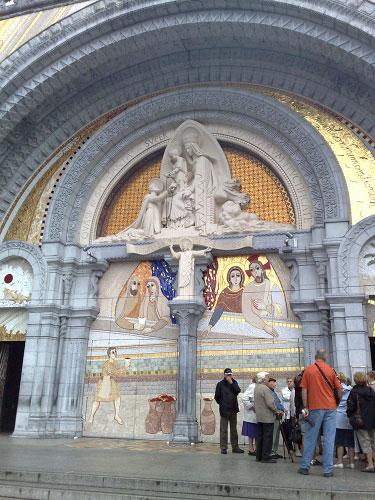 blogi 63 bazilika Lurd (Francija)