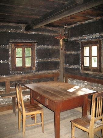 etno kmetije rangusova miza Rangusova hiša v Zagradu