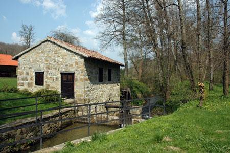 Novakov mlin pod vasjo Smrje ob reki Reki