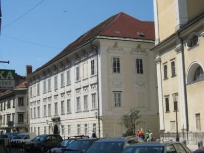 blogi 420 ljubljana2 175 20090528 1289778504 Škofijski dvorec
