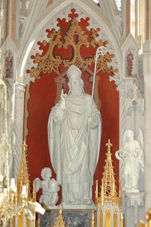 Kip sv. Ruperta v novogotskem glavnem oltarju iz leta 1865