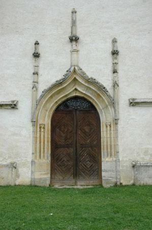 Zahodni glavni portal cerkve Svetih treh kraljev