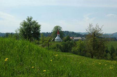 Podružnična cerkev Sv. Primoža in Felicijana na Osredku