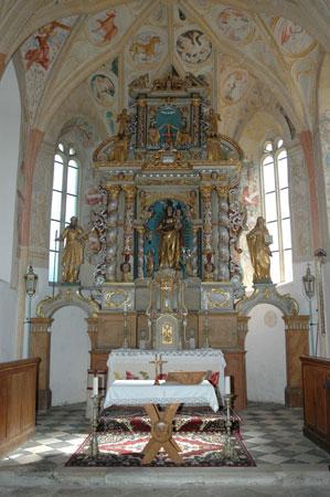 Veliki oltar v cerkvi Karmelske Matere božje