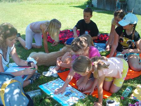 blogi 62 ucenje jezikov na travi Mednarodni jezikovni poletni tabori za otroke na Kozjanskem - julij in avgust 2010