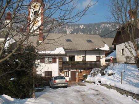 etno kmetije jalnova jalnova hisa Jalnova hiša na Rodinah