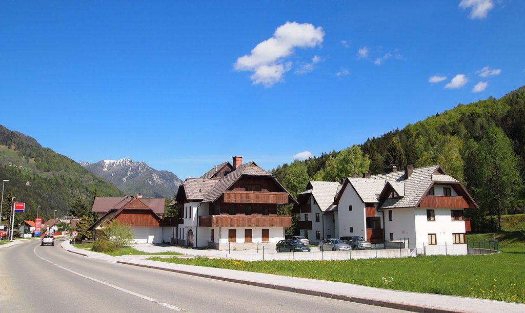 zanimivosti kranjska gora hise Vreme v Kranjski Gori je odvisno od nadmorske višine